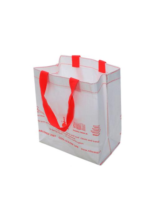 带线牛皮纸袋